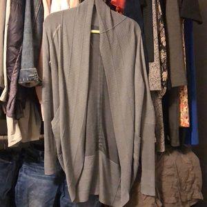 Size 6 transformation wrap gray